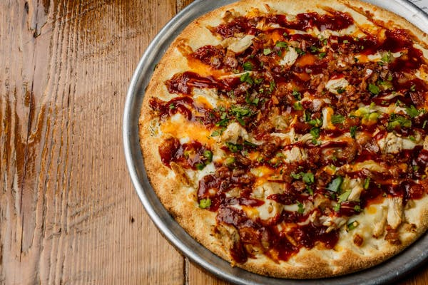 Kickin' Chicken Specialty Pizza