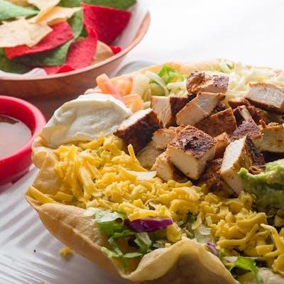 Chicken Ranchero Taco Salad