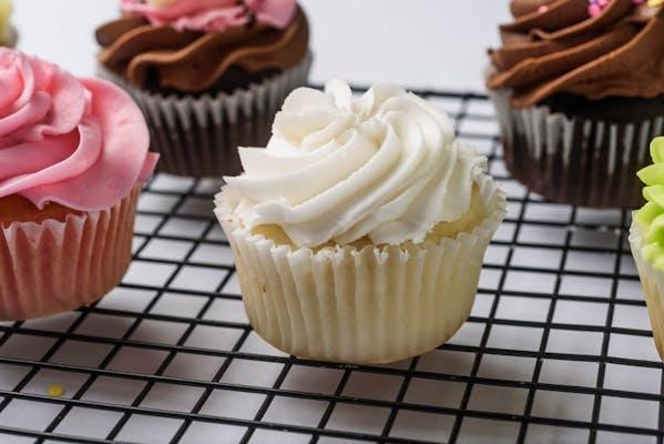 """""""I Do"""" Cupcake"""