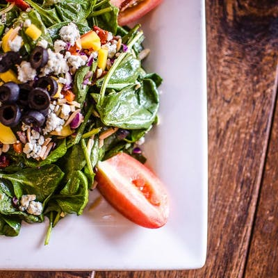 Spinach Pizza Salad