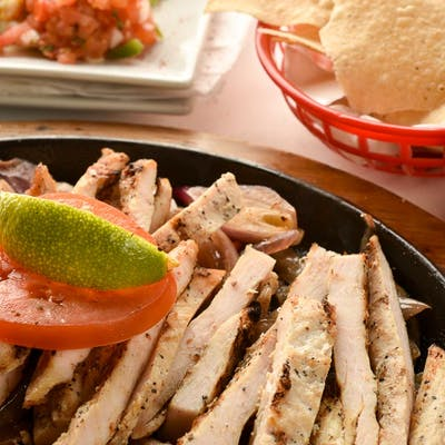 Traditional Fajitas (Lunch)