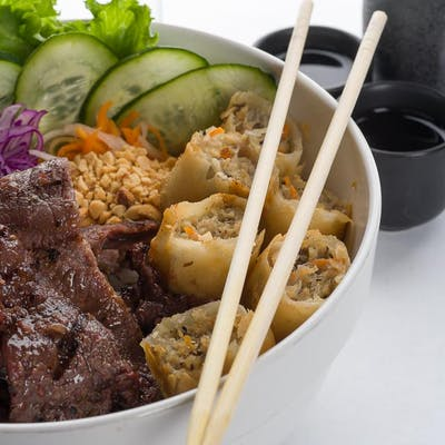 Grilled Beef Vermicelli Noodle Bowl