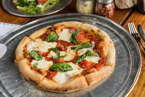"(9"") Margherita Pizza"