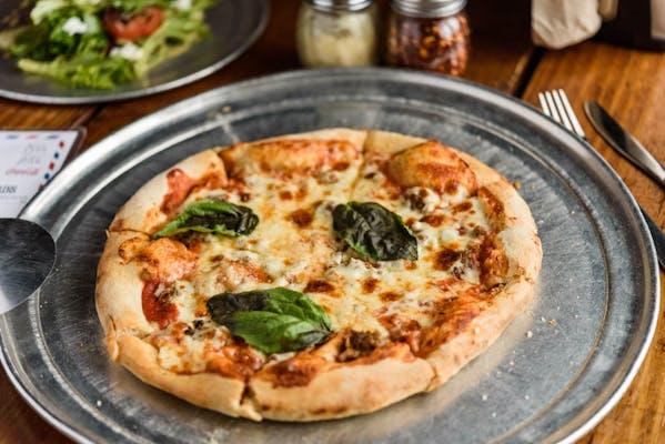 "(9"") Sausage Pizza"