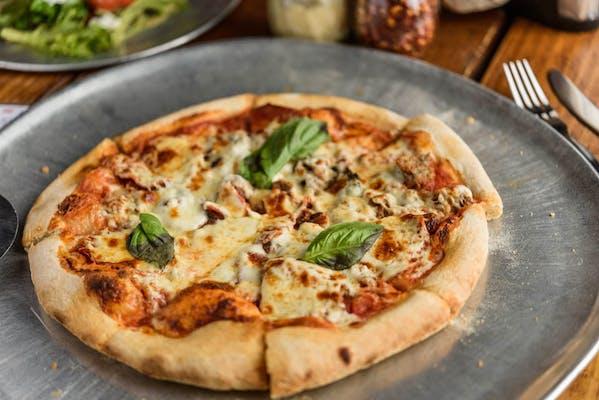 """(9"""") The Swine Pizza"""