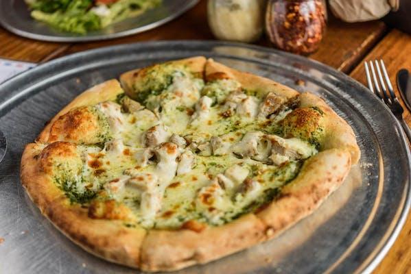"""(12"""") Chicken Pesto Pizza"""