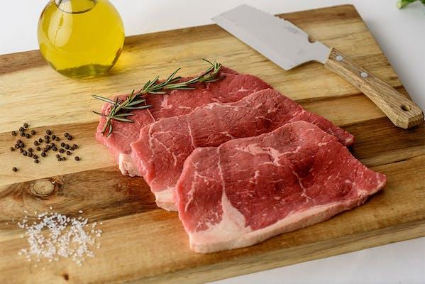 Boneless Chuck Steak Family Pack (1.2 lb.)