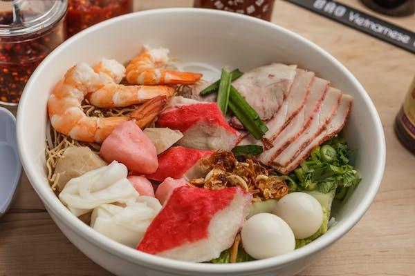 30. Combination Hu Tieu & Egg Noodle Soup