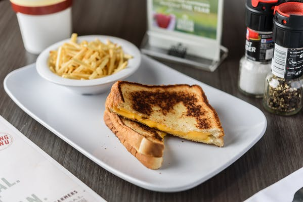 Kid's Classic Grilled Cheese Sandwich