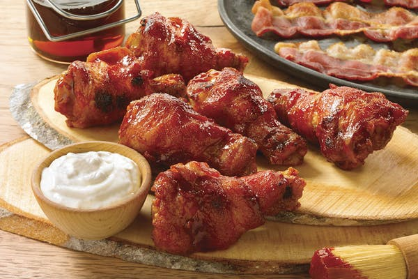 Hooters Bacon-Wrapped Wings