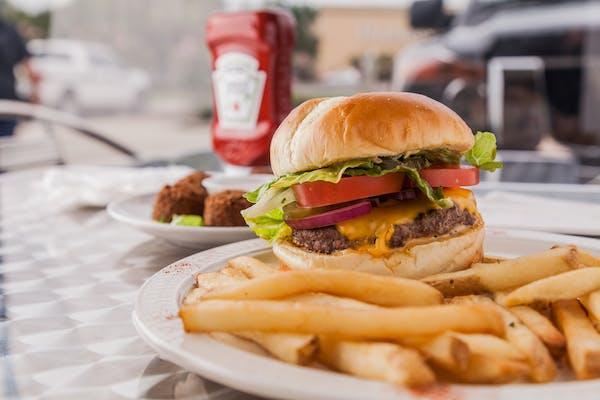 12. Hamburger