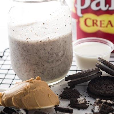 Peanut Butter Oreo Smoothie