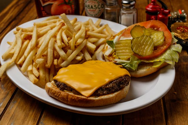 Backdraft Cheeseburger