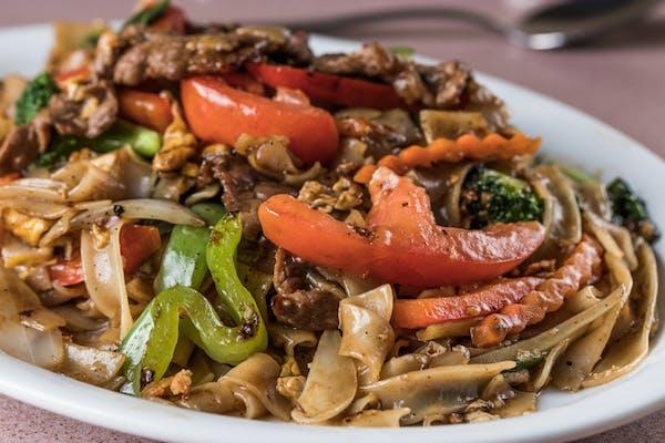 41. Drunken Noodles (Pad Kee Mao)