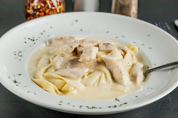 Kid's Chicken Fettuccine