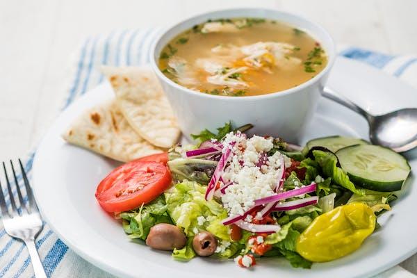 Soup & Salad (490 cal.)