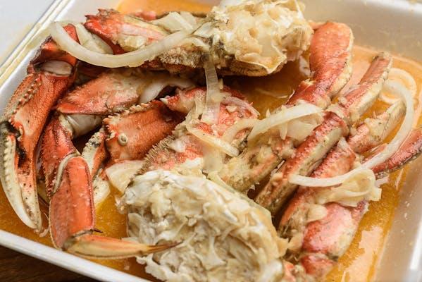 Boiled Snow Crab Platter