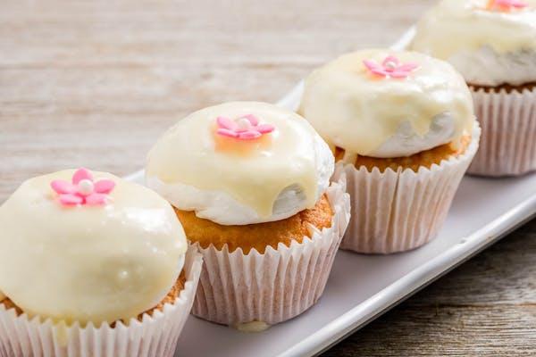 White Velvet Cupcake