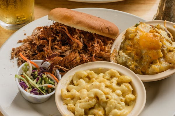 Pulled Pork Sandwich Combo