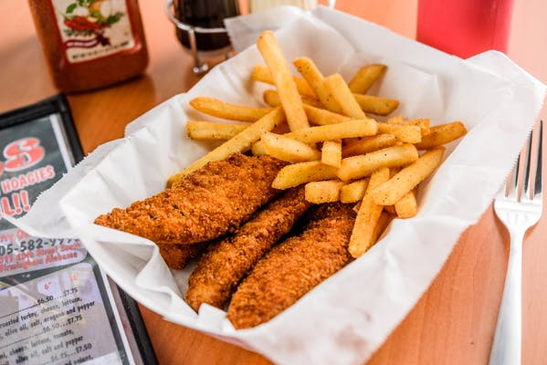 Kid's Chicken Fingers & Fries