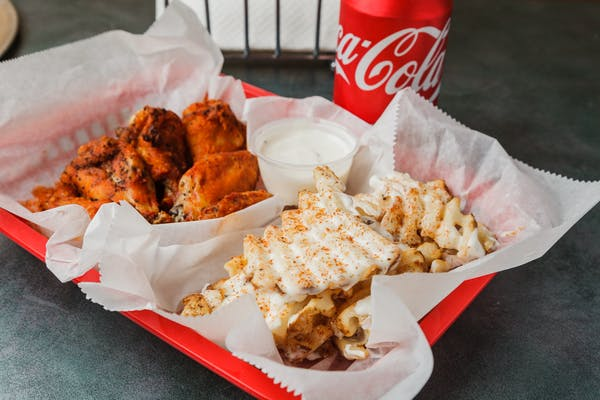 Eight Wings & Side Combo