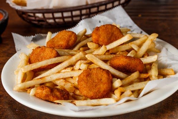 Kid's Chicken Nuggets & Fries