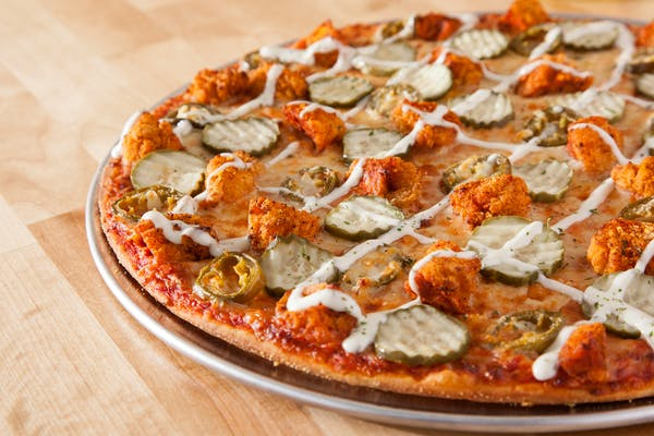 Hot Chicken Pizza