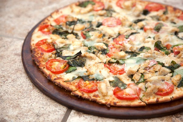 Chicken Spinach Mozzarella Pizza
