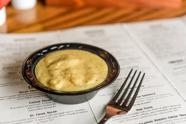 Garlic Cheese Grits