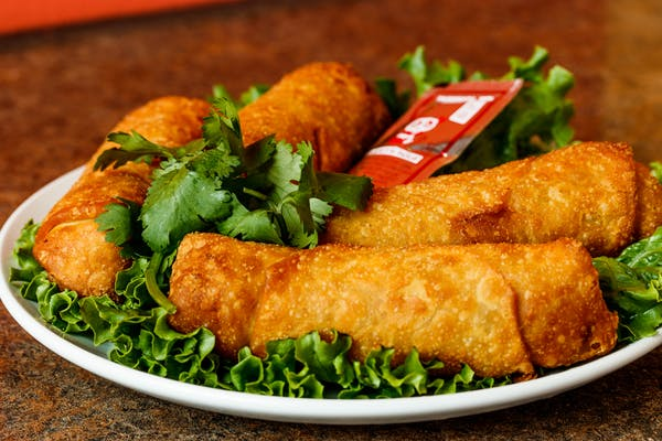 (4 pc.) Chinese Egg Roll