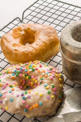 Regular Glazed Donut