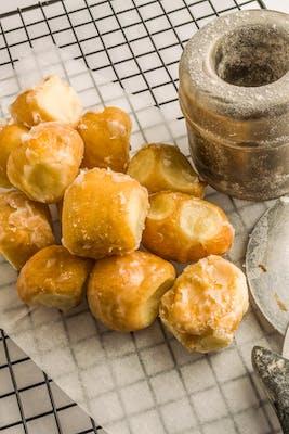Regular Glazed Donut Holes