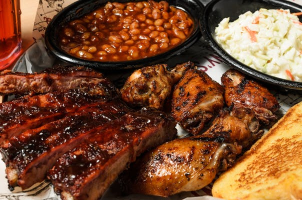Ribs & Smoked Wings Plate