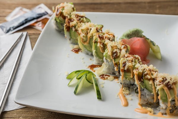 J13. Lucky Spicy Roll