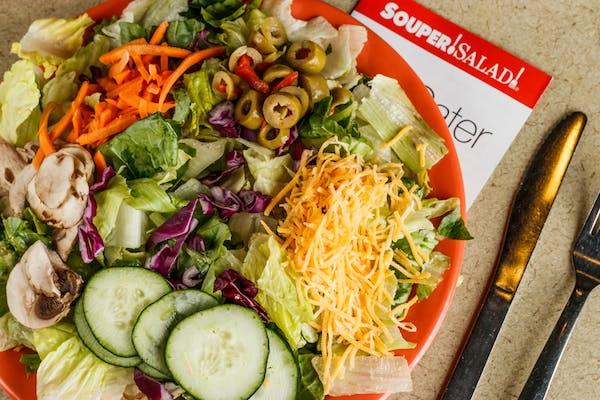 Romaine Iceberg Blend Salad