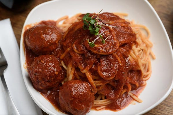 Lunch Veal Meatball Linguine
