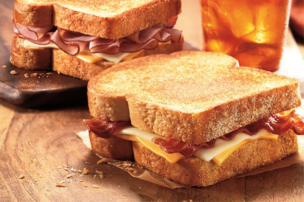 Deluxe Grilled Cheese Sandwich