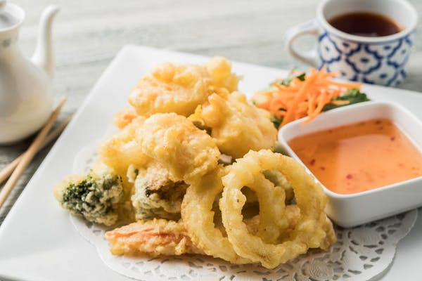 J2. Shrimp & Vegetable Tempura