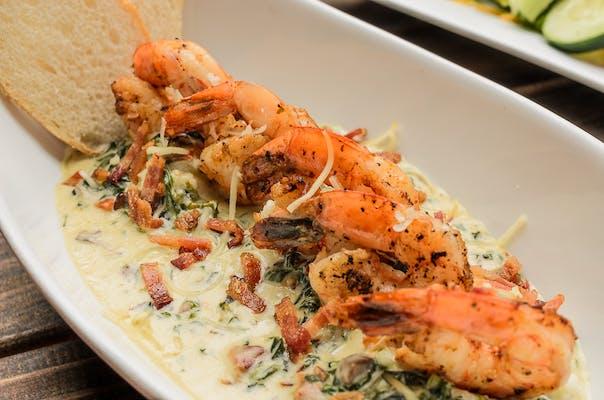 Shrimp & Gouda Grits