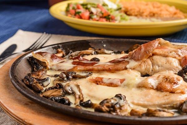66 (O). Pollo Tapatio