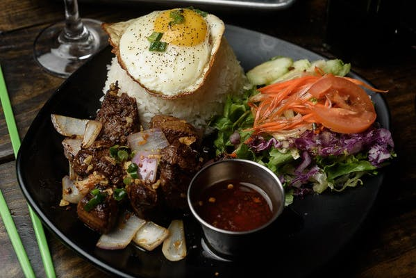 Bo Luc Lac (Shaken Steak)