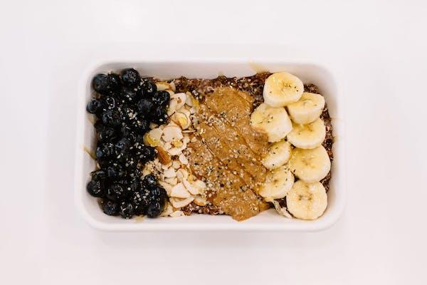 Quinoa Power Breakfast Bowl