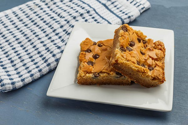 Peanut Butter Chocolate Chip Chess Square