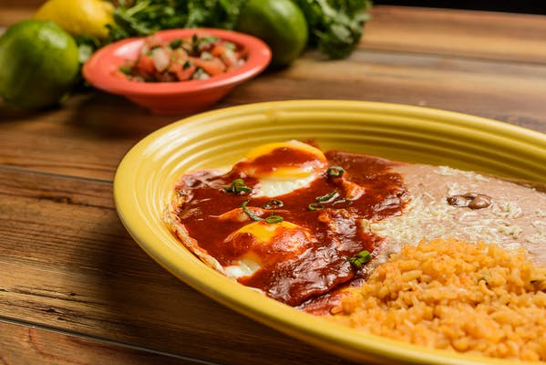 Lunch Huevos Rancheros