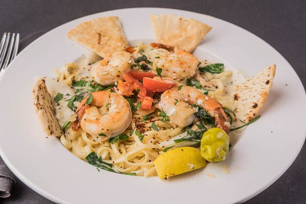 Chicken or Shrimp Alfredo Pasta