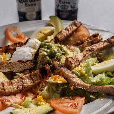 Ahuuas Fajita Salad