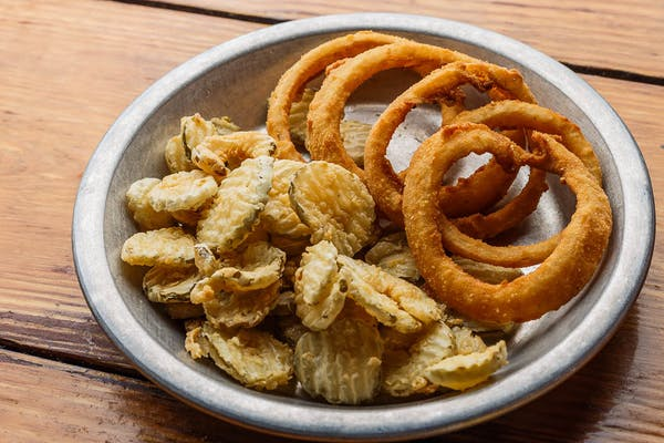 Fried Pickles & Onion Ring Combo
