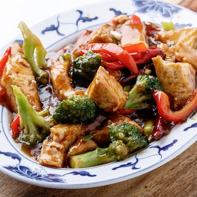 General Tso Style Tofu (Spicy)