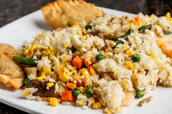 R2. Fried Rice (Lunch)