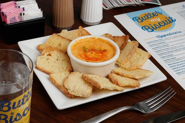 Pimento Cheese & Biscuit Chips